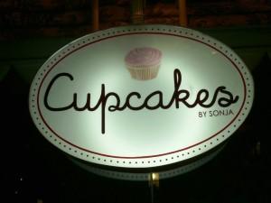 partner-cupcakes-sign