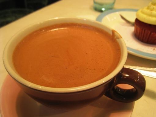 cupcakes_caramel-hot-chocolate