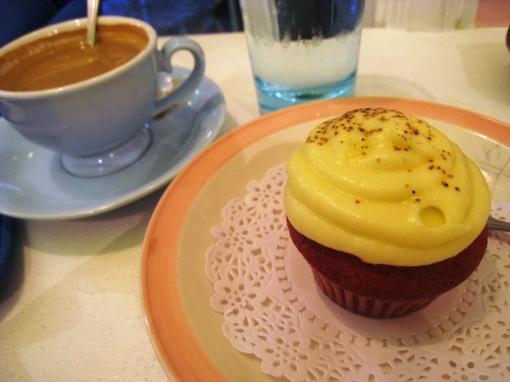 cupcakes-red-velvet-vixen-02
