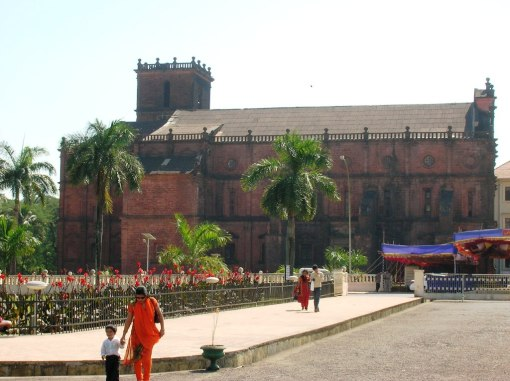 India - Basilica De Bom Jesus 01