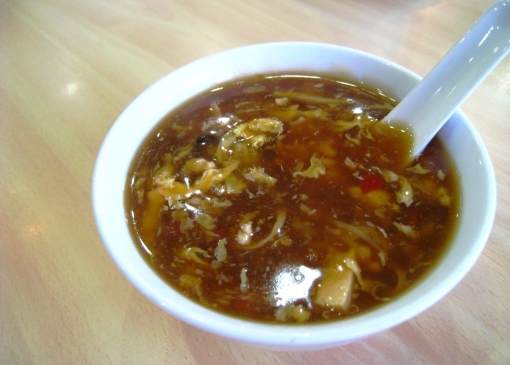 King Bee - Hot & Sour Soup 01