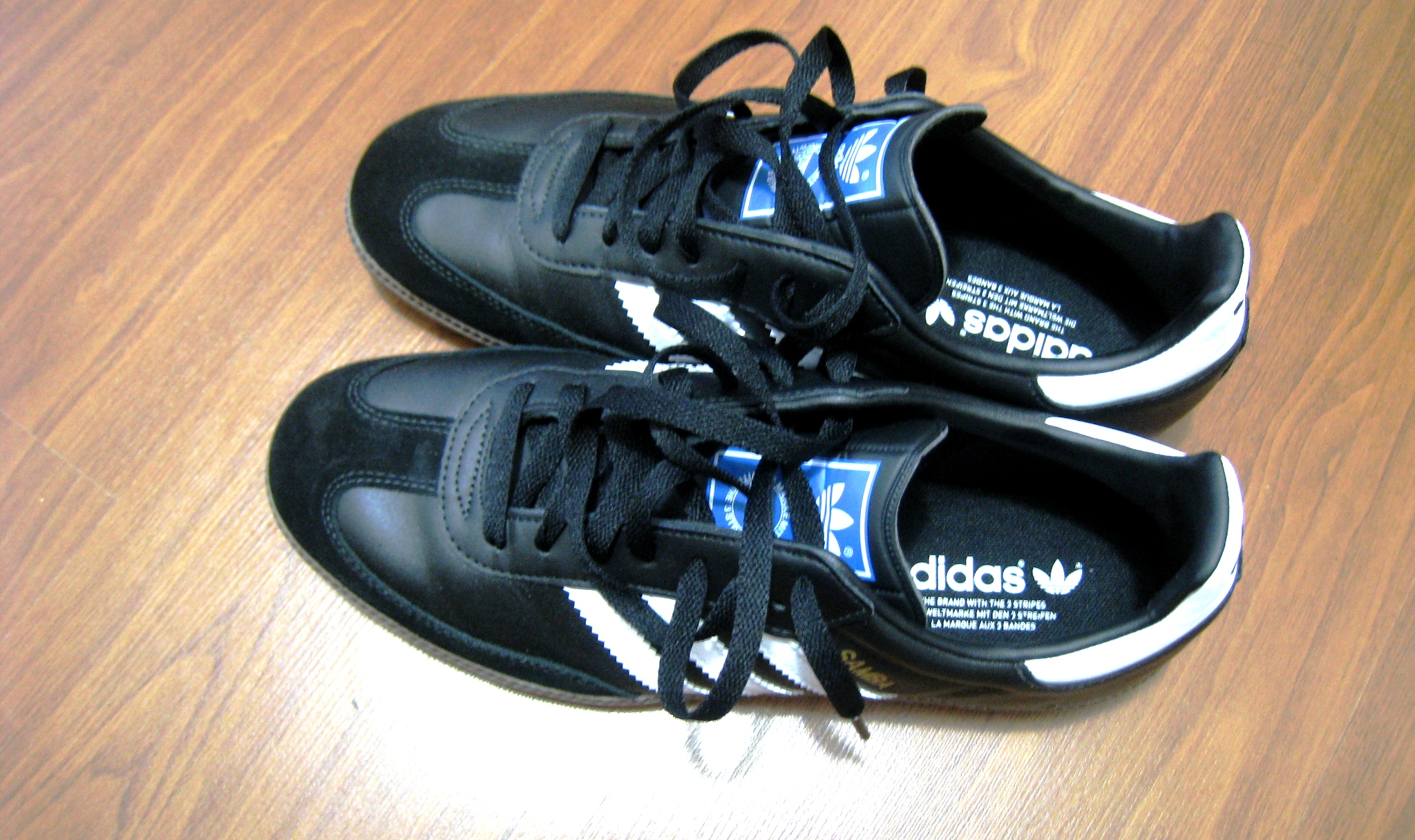 Adidas Samba Worn Adidas Samba in Classic Black