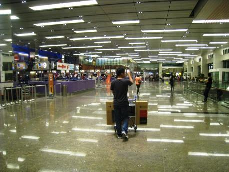 Darryl_Departure_03_T1_Arrival