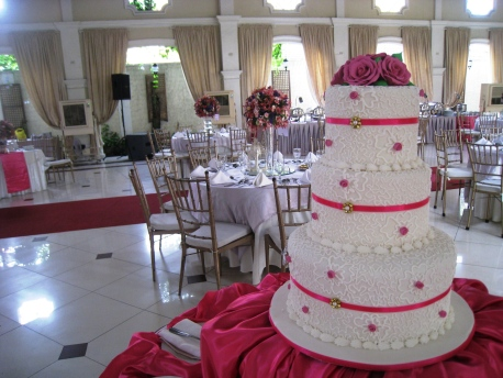 Sead_Mitzi_20_Wedding_Cake