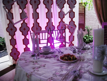 Sead_Mitzi_24_Couple's_Table