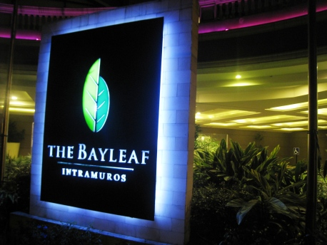 Sead_Mitzi_49_The_Bayleaf