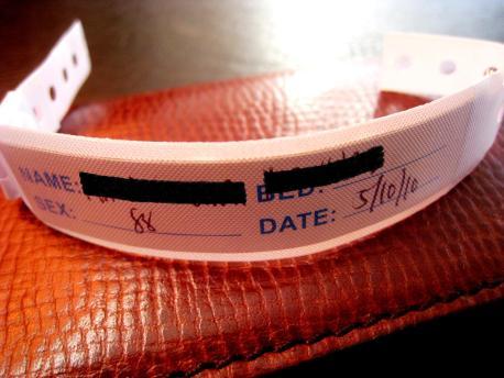 Mommy - Hospital ID Bracelet 00
