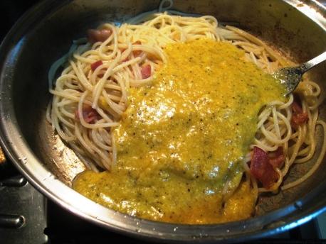 Spaghetti_alla_Carbonara_12