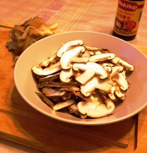 As will be mentioned in the recipe below, all – except the oyster variety – should be sliced.