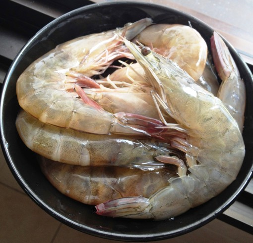 One of my weekend market basket stuffers: Prawns (10/12 Count), fresh, wild–caught, 500 g (SGD 24.00/kg).